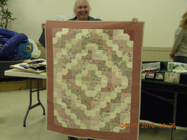 Liz_Ewing_Charity_quilts_French_Quarter_pattern